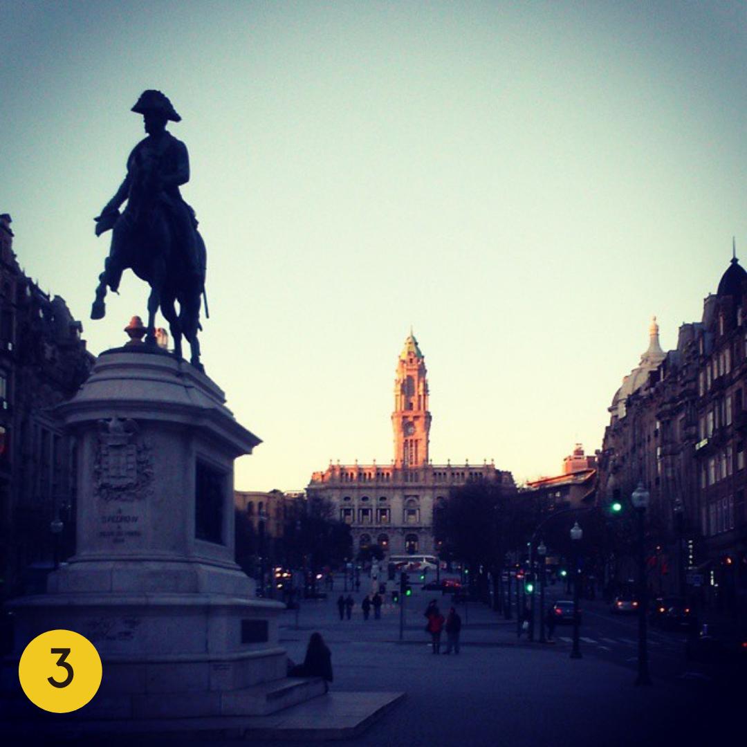 Top Instagrammable Spots in Porto: Avenida dos Aliados