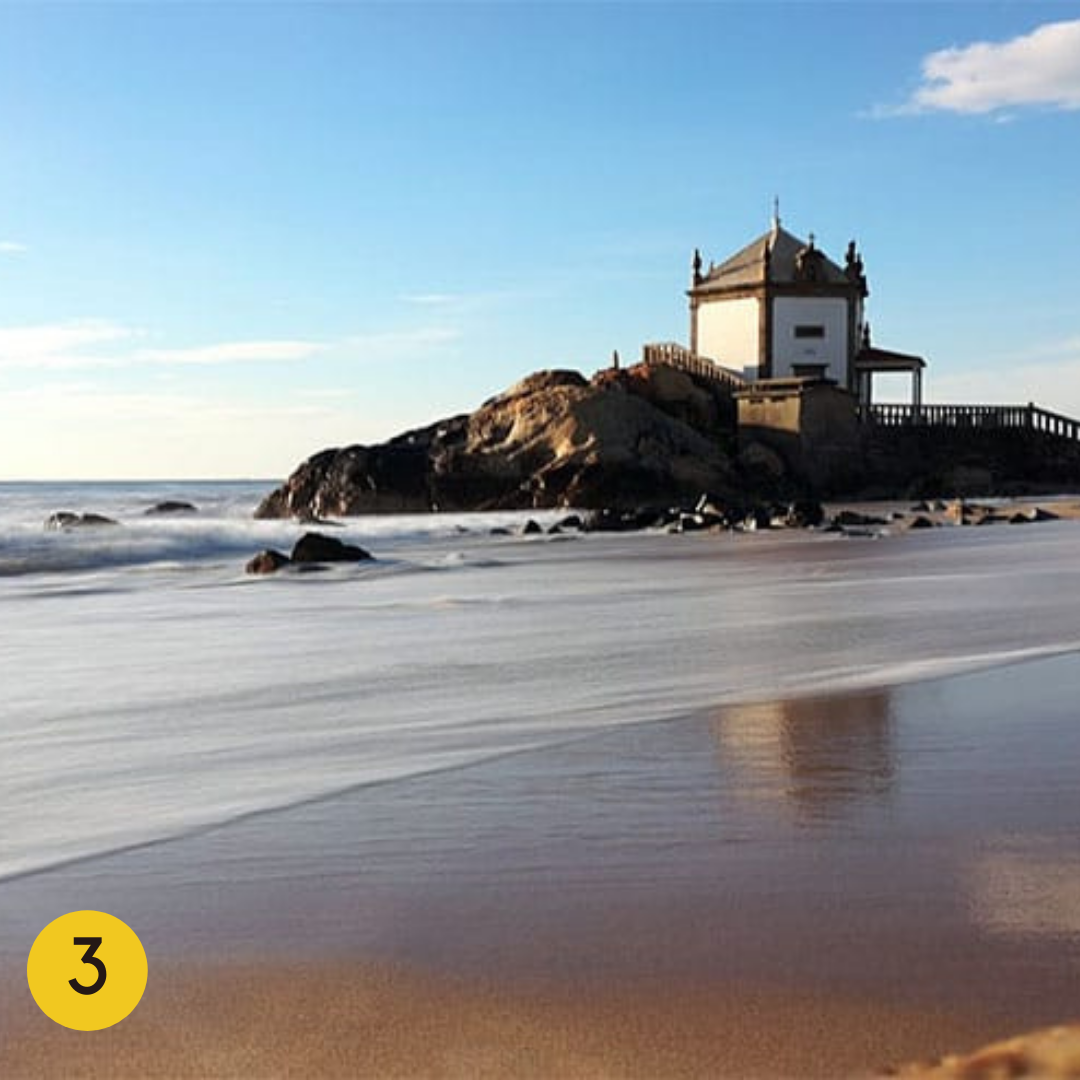 Best Beaches in the Porto Region: Senhor da Pedra Beach