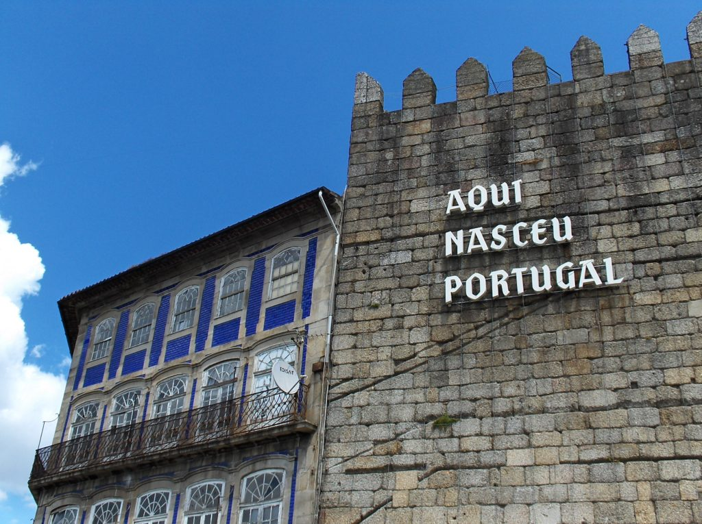 Day Trips from Porto - Guimarães
