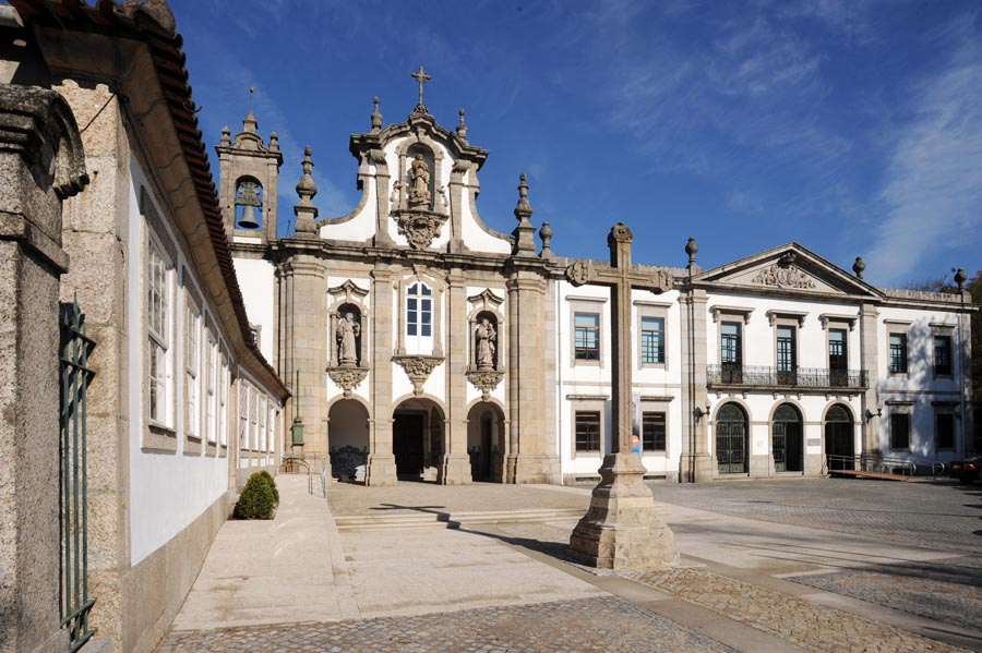 Day Trips from Porto - Santo António dos Capuchos Monastery