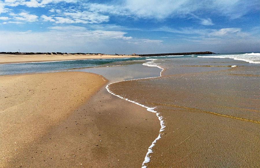 Best Beaches in the Porto Region: Angeiras Silvalde